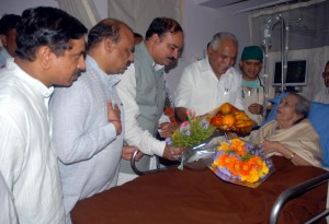 cm-visit-to-gangubai-hanagal-2