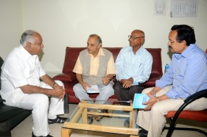 DR C S Vishwanath ,Chairman (Quality control of Development works ) and members met chief minister B S Yeddiyurappa in Bangalore on 25.08.2009.