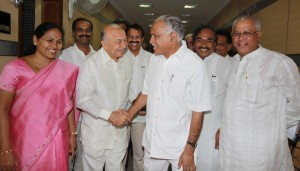 The Chief Minister Mr B. S. Yeddyurappa led Ministers delegation called on the Union Minister for Power Mr Sushil Kumar Shinde in New Delhi on August 6 seeking additional 500 MW of Power from the Central Grid.