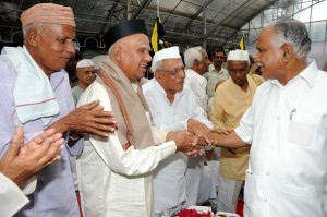 Chief Minister B S Yaddyurappa vished Freedom Fighters on 67th Anniversary of Quit India Movement @ Rajbhavan