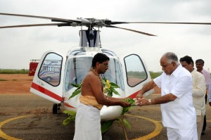 Chief minister B S Yeddyurappa performed pooja for Helicopter on the occation of mahanavami  Ayuda pooja before leaving mysore Tour at Jakkur Helipad on27.09.2009.