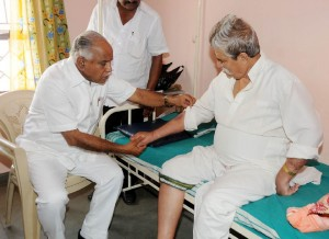 Chief Minister B S Yeddyurappa enquired the Health of Padmanabha Bhat Chairman Malnad Area Developement Authority taking rest in Private Nursing Home