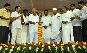 Chief Minister B.S.Yedyurappa inaugurated Milk Producers Conference at Dabaspete on 02-10-2009,Shri Somashekara Reddy, Shri Sadananda Gowda, Shri G.T.Devegowda and others are seen