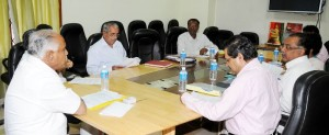 CM Discussed on setting up of Textile Park in Shivamogga