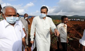 Chief Minister B S Yeddyurappa visited land slide effected place in Karwar.Primary Education Minister Vishveshvara Hegde Kageri SEEN IN PIC