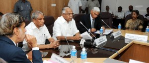 Chief Minister B S Yeddyurappa discussed with Sri Vinod Rai Controller &  Auditor Genaral of India today @ Vidhanasoudha.Ministers Ramachandra Gowda & Chief Secretary S V Ranganath  seen in pic