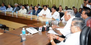 Chief Minister B S Yeddyurappa discussing in Bangalore  with MP's Minister's and Officers on flood relief (06.10.2009)