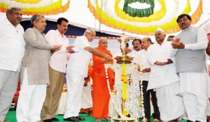 Sri Adi chunchanagiri Balagangadhara Swami laid foundation for shifting of Amar Gol  & Kuruvina Koppa Villages sponsered by Adichunchagiri Mutt.Chief Minister B S Yeddyurappa,Dist Minister Aravind Limbavali,Industries Minister Murugesh Nirani, MP Gaddigoudar, MLA C C Patil seen in pic
