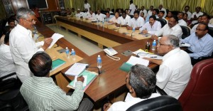 Chief minister B S Yeddyurappa Discussing with All chairman and Dy.Chairman of Karnataka Zilla Panchayat in Bangalore on 19.11.2009.