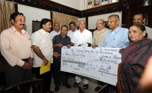 Th e Delegates led by Sri N R Panditharadhya,president,of seshadripuram educational Trust presented Rs 50 Lakhs cheque to calamity relief fund on 01.12.2009 in BANGALORE
