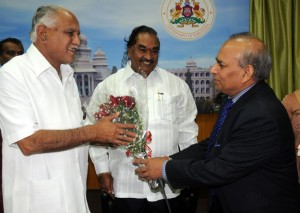 Sri R S sharma,chairman and Managing Director of NTPC  met Sri B S Yeddiyurappa  chief minister  of karnataka in Bangalore on 06.12.2009.Sri K S Eashwarappa,minister for energy were present