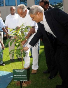 CM planted saplings at Infosys campus