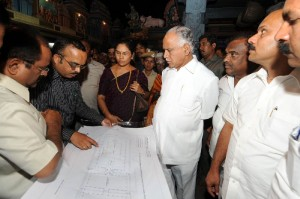 CM reviewed development Works at Yadiyuru Siddalingeshvara Temple Tumkuru Dist