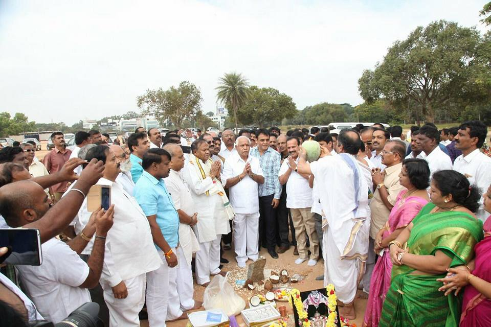 reviewed-preparations-of-obc-morchas-massive-samavesha-to-be-held-on-27th-addressed-by-sh-amit-shah-after-the-ground-breaking-ceremony-4