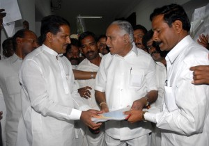 Yadiyurappa flagged off for environment friendly Buses of KSRTC