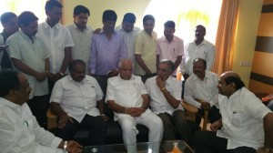 BSY Discussed Problems of Sugarcane Farmers with Sri HDK and Sri Basavaraj Horatti at Hubli