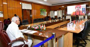 ವರ್ಚುಯಲ್ ವೇದಿಕೆ ಮೂಲಕ ಎಸ್.ಜೆ.ಎಂ. ವಿದ್ಯಾಪೀಠದ ಬಸವೇಶ್ವರ ವೈದ್ಯಕೀಯ ಮಹಾವಿದ್ಯಾಲಯದ ಸಹಯೋಗದಲ್ಲಿ ನಿರ್ಮಿಸಲಾಗಿರುವ ಕೋವಿಡ್-19 ಪರೀಕ್ಷಾ ಕೇಂದ್ರ .